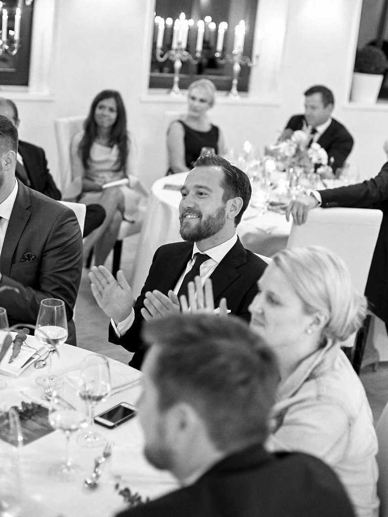 Hochzeitsfotograf-Detmold-187.jpg